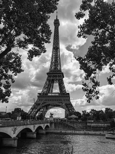 Eiffel Tower Mono_EBE To Print